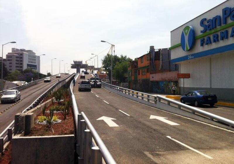 Autopista Urbana Poniente 7