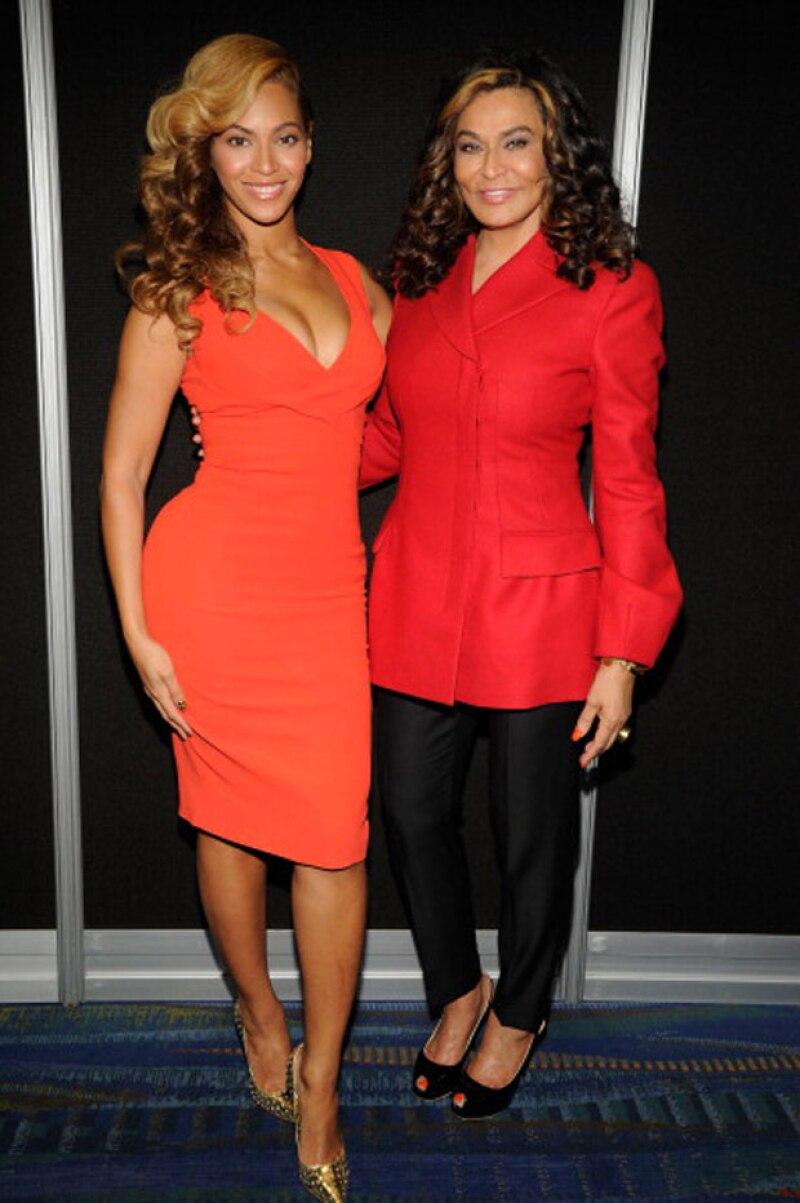 Beyoncé estuvo en el segundo matrimonio de su madre con su esposo Jay-Z y su hija Blue Ivy.