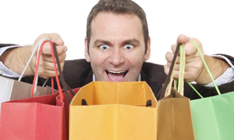 Si tus compras te causan al principio una oleada de euforia y luego otra de estrés y angustia, ¡cuidado! podrías ser un comprador compulsivo. (Foto: Getty Images)