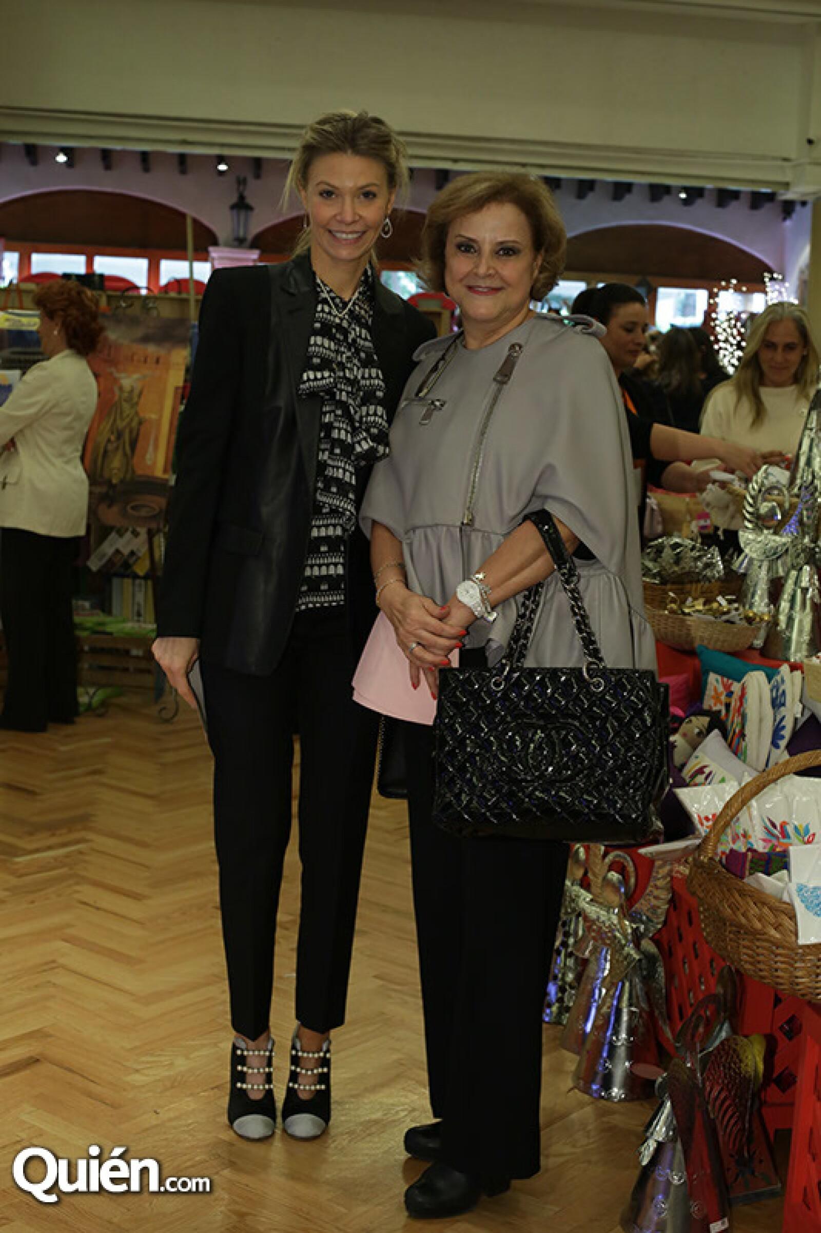 Lili Henaine y Stella Chedraui