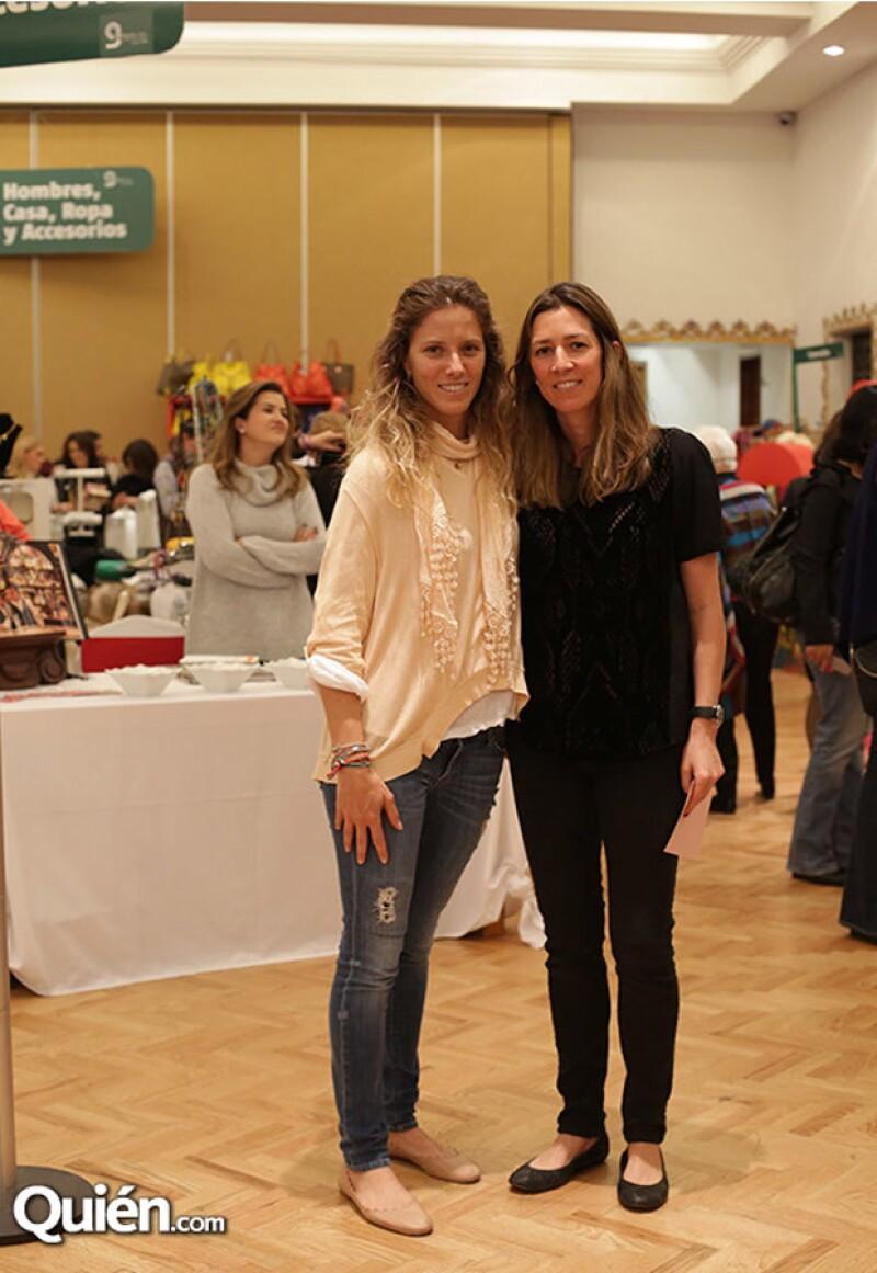 Sharon Fastlicht y Laura Laviada apoyando esta noble causa.