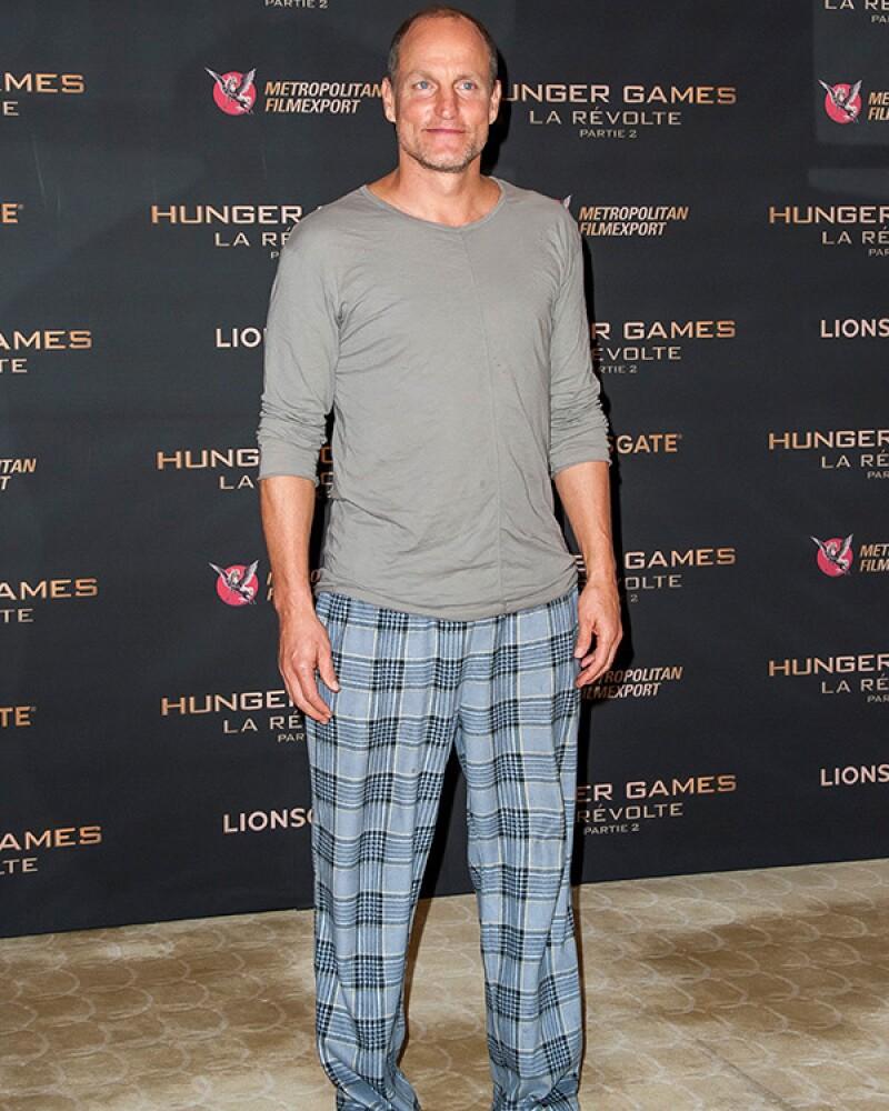 Justin Timberlake y Matt Bomer nos sorprenden con mucha clase, pero Josh Hutcherson utilizó el look menos apropiado para su altura y Woody Harrelson de plano se quedó en pijama y no se lo perdonamos.