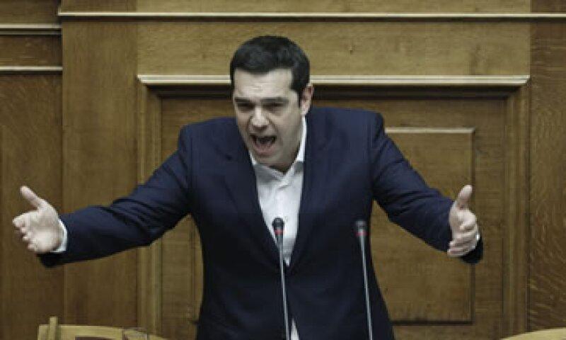 Tsipras recordó que en los últimos años ha habido hasta once reducciones de las pensiones que han conducido a un recorte del 40%. (Foto: EFE )