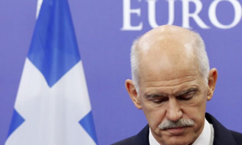 Según sondeos, el Gobierno de George Papandreou contaba con el respaldo del 23% de la población al mes de octubre. (Foto: Reuters)