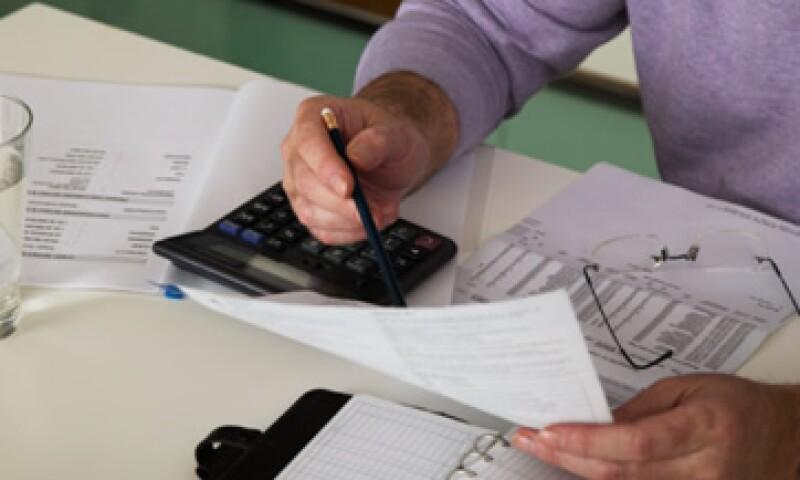 Se aplicará una tasa de 30% de Impuesto Sobre la Renta para las personas físicas con ingresos anuales de hasta 750,000 pesos. (Foto: Thinkstock)