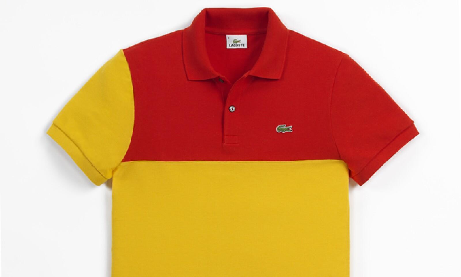 Por su parte, la edición que recuerda a la bandera de española combina de manera sutil los colores rojo y amarillo.
