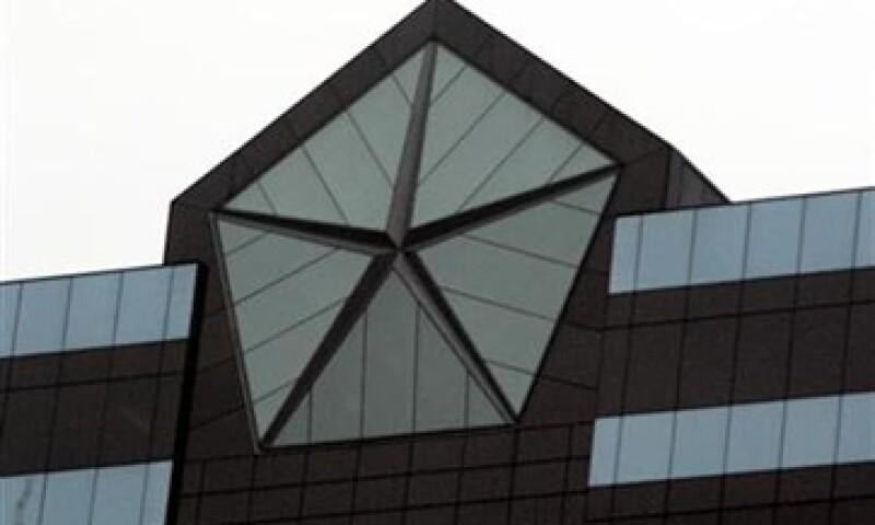 Excluyendo un cargo de 551 mdd relacionado con el pago de la deuda, Chrysler reportó una ganancia ajustada de 181 mdd. (Foto: Reuters)