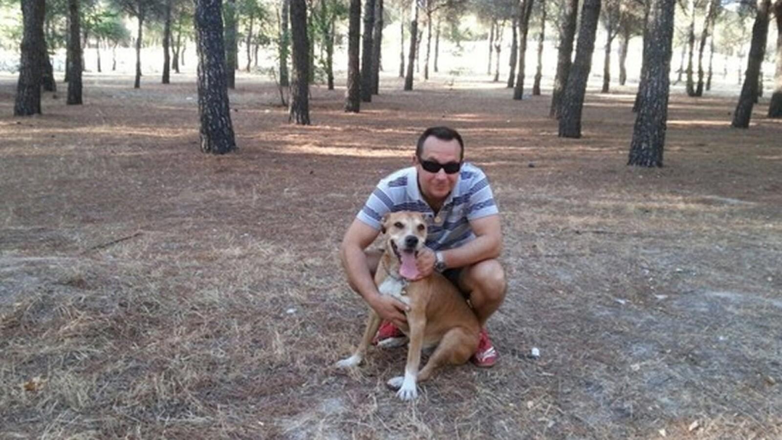 Excálibur perro protestas 6