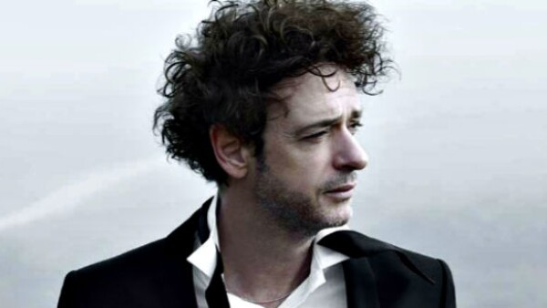 El artista argentino se encontraba en estado de coma tras un accidente cerebrovascular. Esta mañana murió a consecuencia de un paro respiratorio. El pasado 11 de agosto cumplió 55 años.