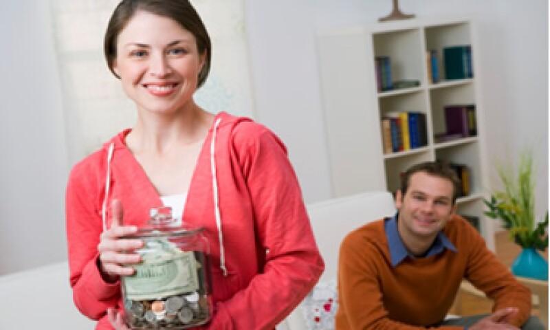 Mucha gente no invierte su dinero en acciones porque son volátiles. (Foto: Thinkstock)