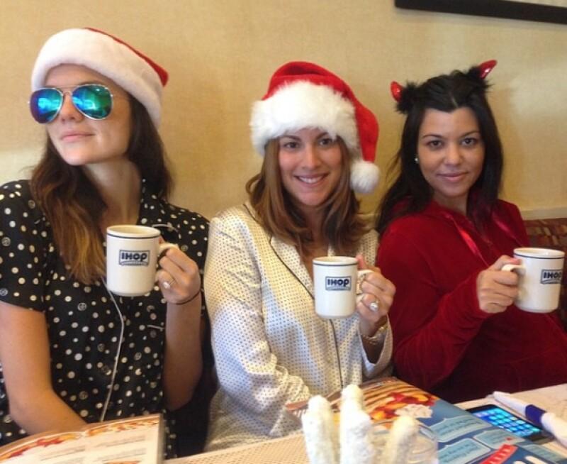 Kourtney y sus amigas llegaron al IHOP en pijama y sin maquillaje.