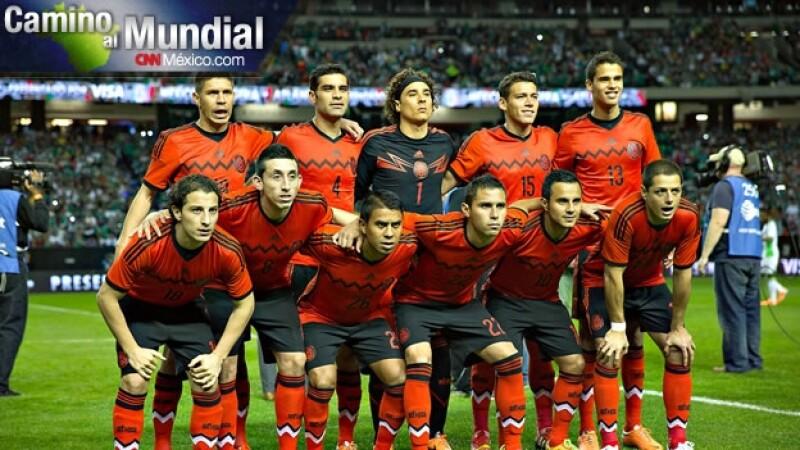 seleccion mexicana uniforme rojo