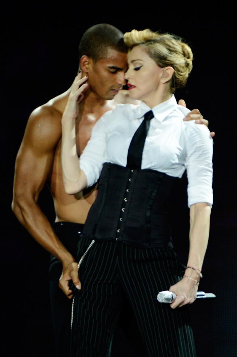 El bailarín Brahim Zaibat nunca se sintió afectado por la diferencia de edad de más de 25 años que existía entre la cantante y él durante los años que duró su relación.