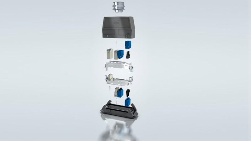 El conector rectangular, comparado con el circular,