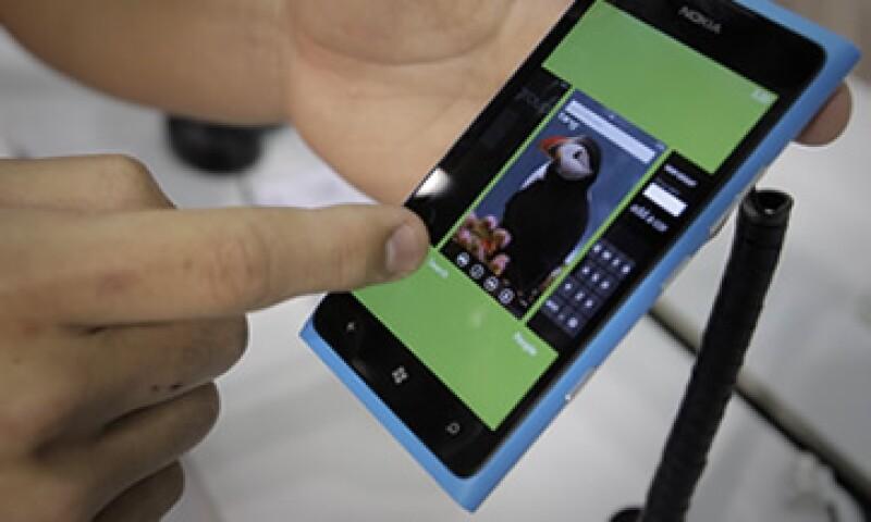 La mayor parte de la inversión se destino al despliegue de publicidad en aplicaciones y sitios móviles. (Foto: Reuters)