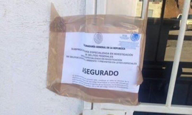 Los sellos se colocaron en las oficinas administrativas de la minera en Cananea. (Foto: Tomada de @felixfelixvic)