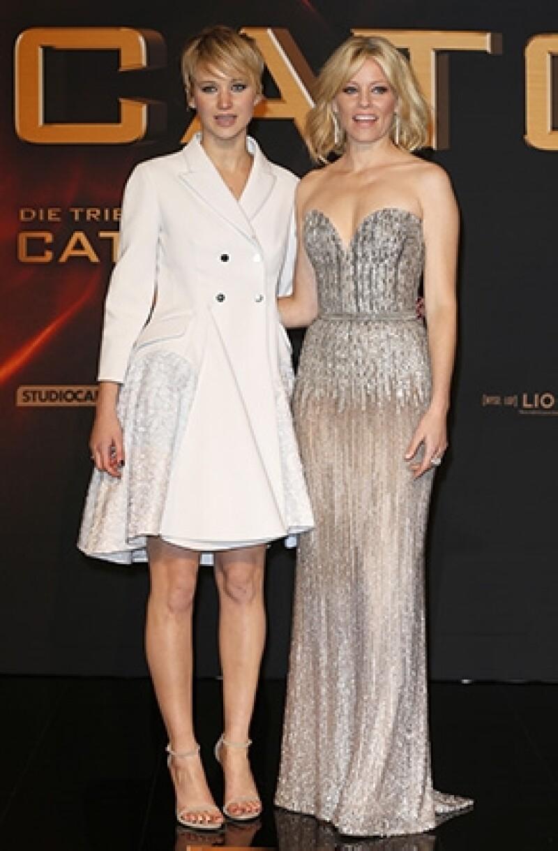 """Elizabeth Banks, actriz de """"Los juegos del hambre"""" opinó que el éxito y reconocimiento al talento de la joven actriz se convertirá en tradición, tal como ha sido la carrera de Meryl."""