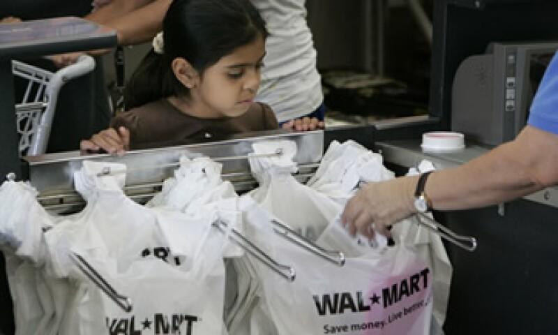 Los ingresos de Walmart en México son 59% superiores que los de Controladora Comercial Mexicana, Soriana y Chedraui juntos.  (Foto: AP)