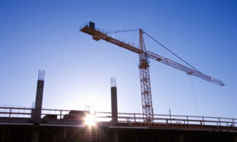 La crisis de la construcción podría dejar a cerca de 320,000 personas sin trabajo al finalizar el año, advirtieron expertos. (Foto: Thinkstock)