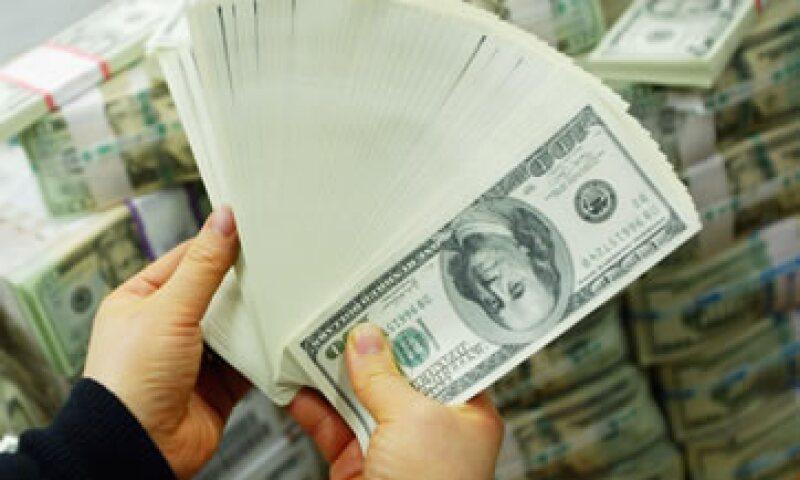 El dólar superó los 14 pesos en bancos de la Ciudad de México. (Foto: Getty Images )