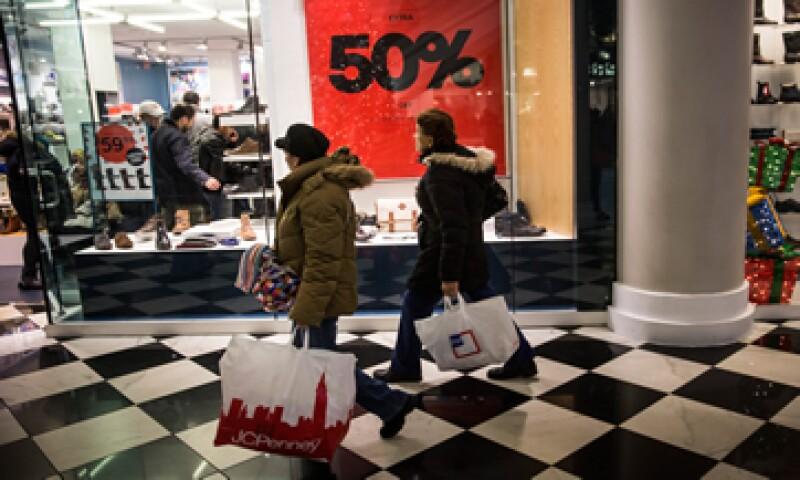 ComScore, una firma que analiza el sector minorista, dijo que las ventas en línea aumentaron un 32% durante el feriado de Acción de Gracias. (Foto: AFP )