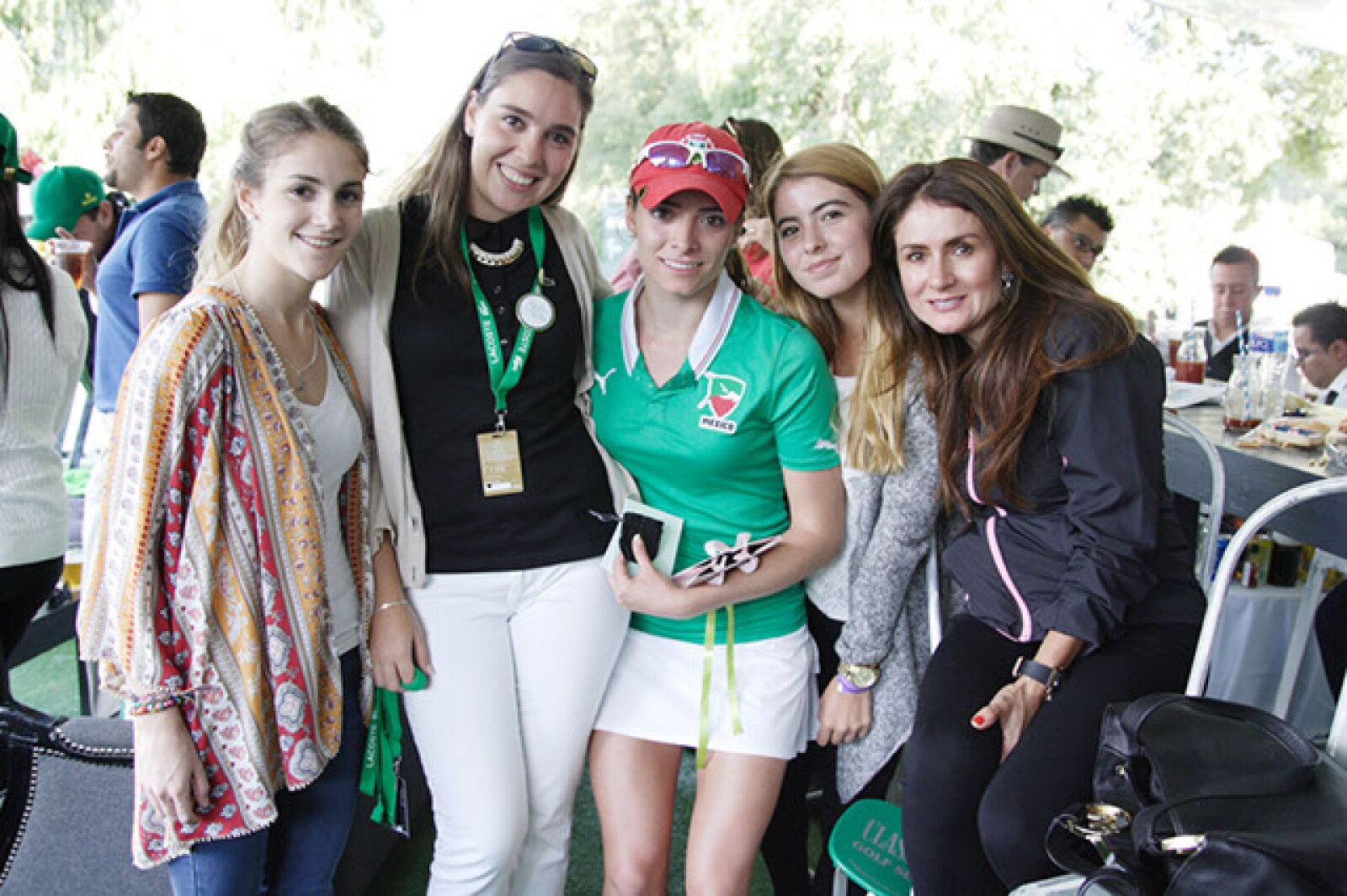 Isabel Ortega, Christiane Michel, Gabriela López, Evelyn Arguelles y Evelyn Badillo