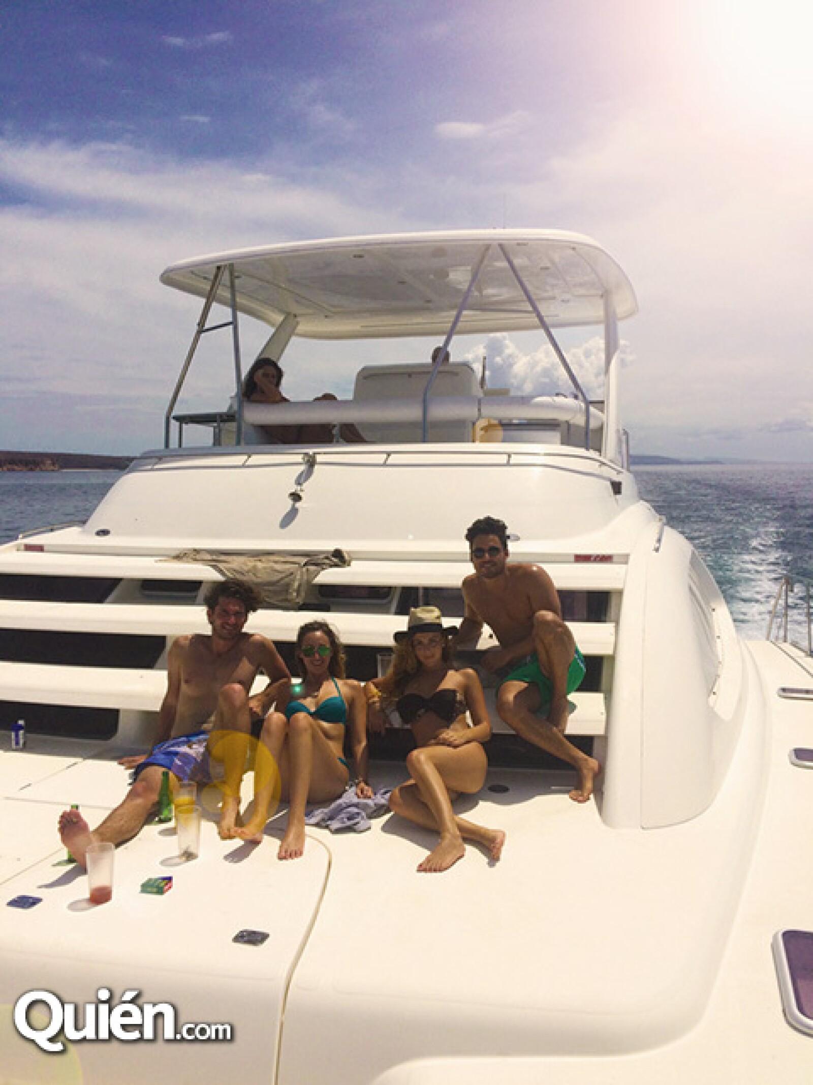 Hernan Junco,Daniella Balcazar,Alejandra Diaz y Mauricio Pintado