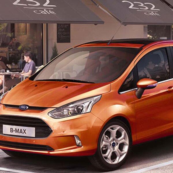 Ford realizó la presentación de su nuevo automóvil B-MAX para el mercado europeo, durante el Mobile World Congress de Barcelona.