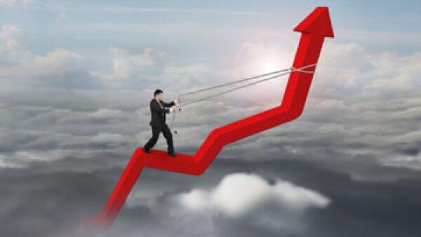 Los CEO dicen que la segunda tarea económica más importante es impular la inversión y el consumo internos. (Foto: iStock by Getty Images)