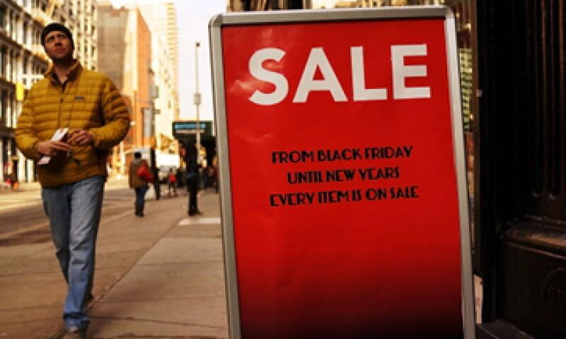 Este año la cifra de consumidores que irá de compras en Acción de Gracias es menor que en 2013. (Foto: Getty Images)