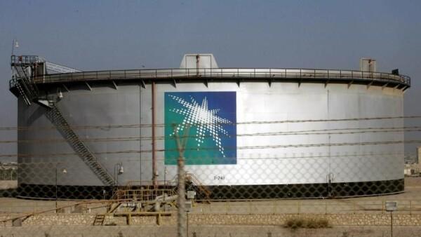 Arabia Saudita anunció un plan de reformas económicas que incluye la venta de activos de la petrolera.