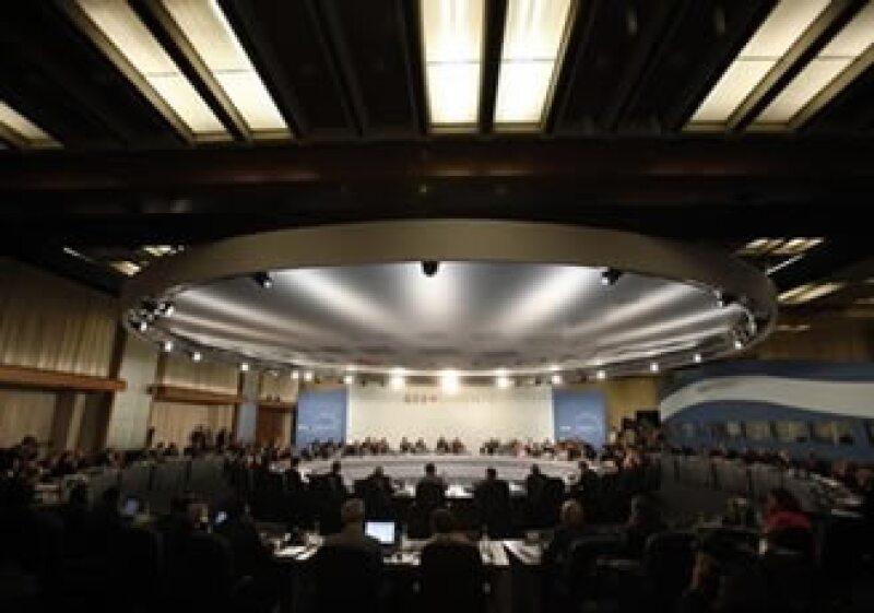 Los líderes del G20 acordaron al final de la cumbre recortar gastos internos y subir impuestos en las naciones ricas. (Foto: AP)