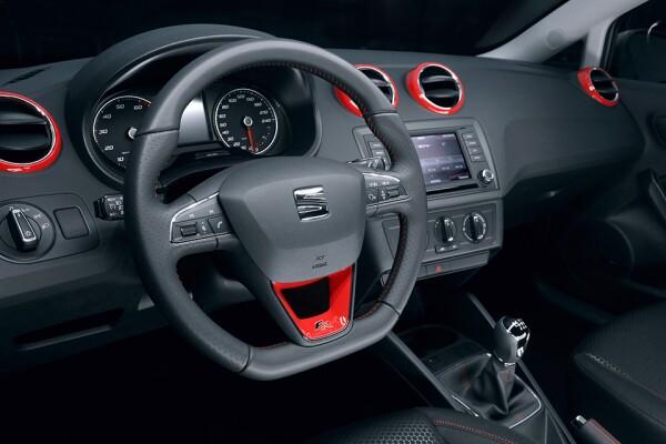 Sistema SEAT Full Link en Ibiza FR Red Pack
