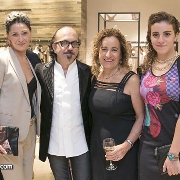 Lucia Anzaldo,Flavio Bizzarri,Mónica Rivera y Mónica Bizzarri