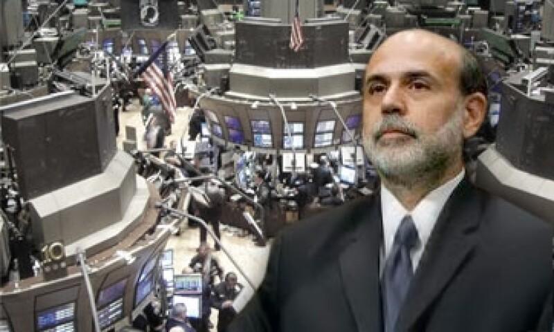 La Fed pretende comprar bonos con plazo de 6 a 30 años, y vender el mismo monto de bonos de corto plazo. (Foto: Especial)