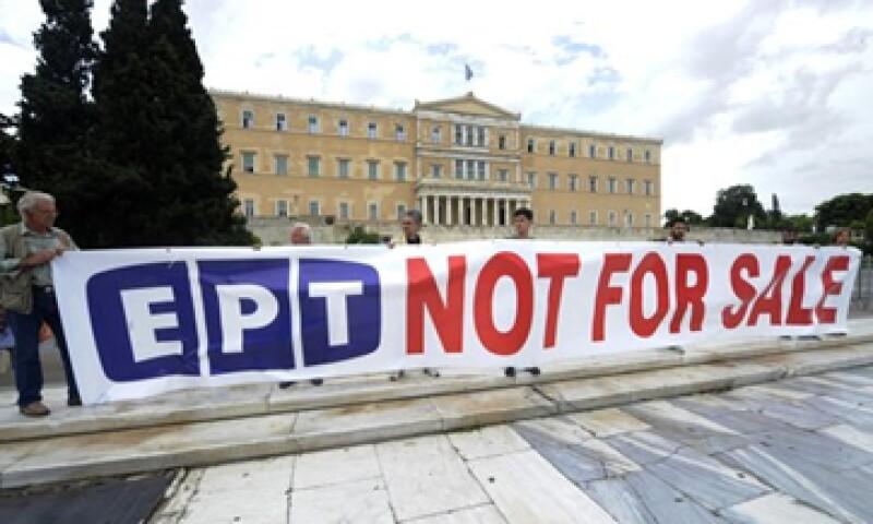 El rendimiento del bono griego a 10 años subió a su nivel más alto desde fines de abril ante la crisis política.  (Foto: Reuters)