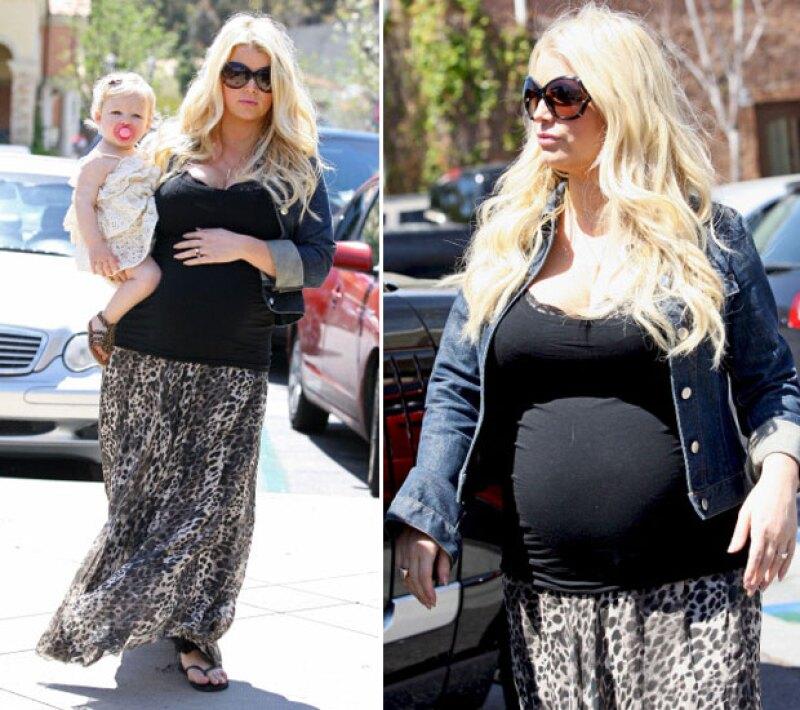 Y aunque para su segundo embarazo prometió cuidar su peso, parece que al final los cambios no le resultaron tan favorables.