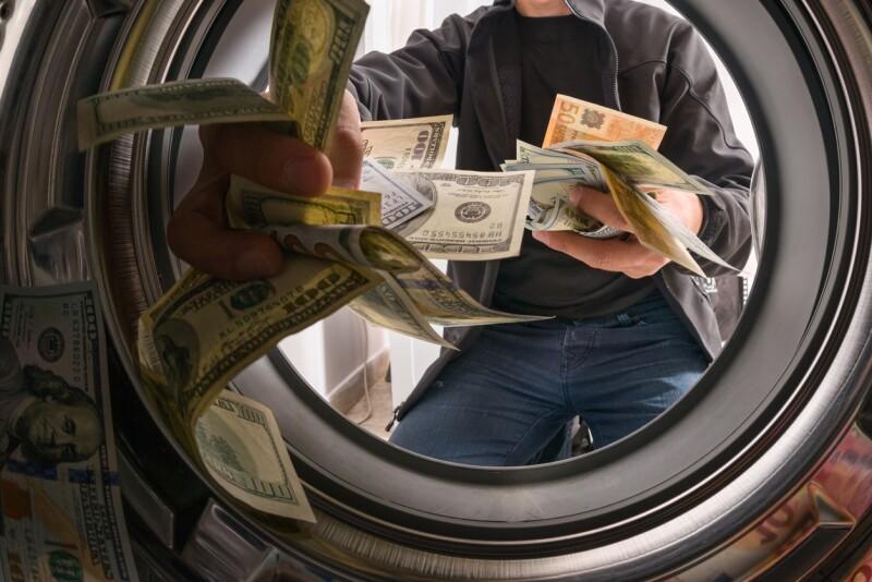 Combate lavado de dinero