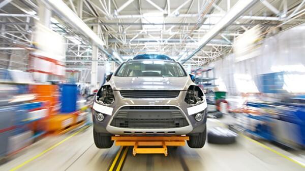 A partir de 2019, los fabricantes de vehículos deberán incorporar bolsas de aire, frenos ABS, además de certificar pruebas de impacto frontal y lateral.