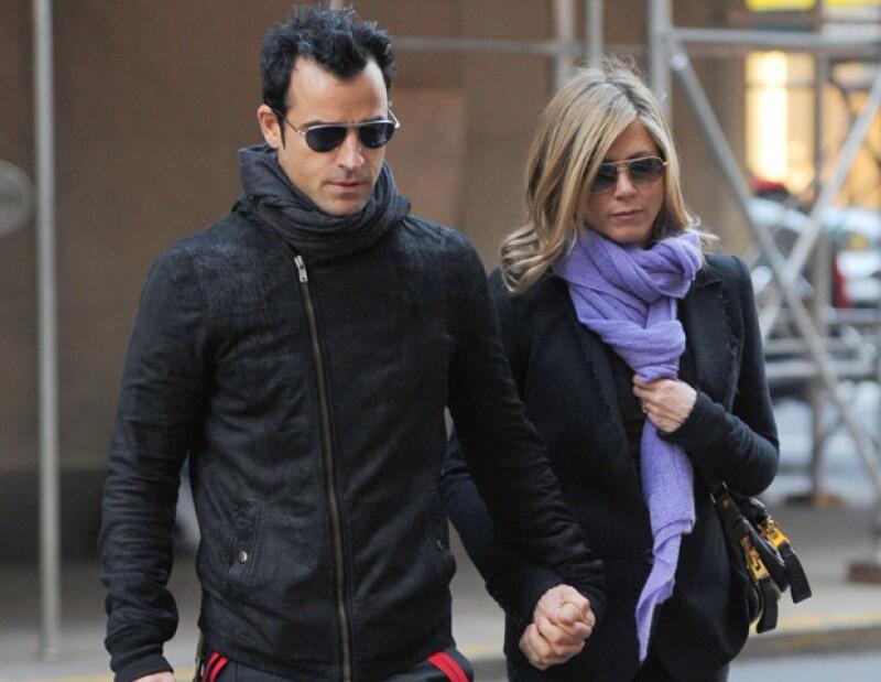 El portavoz de la actriz aseguró que la información que ha circulado en los medios sobre el enlace matrimonial es falsa.