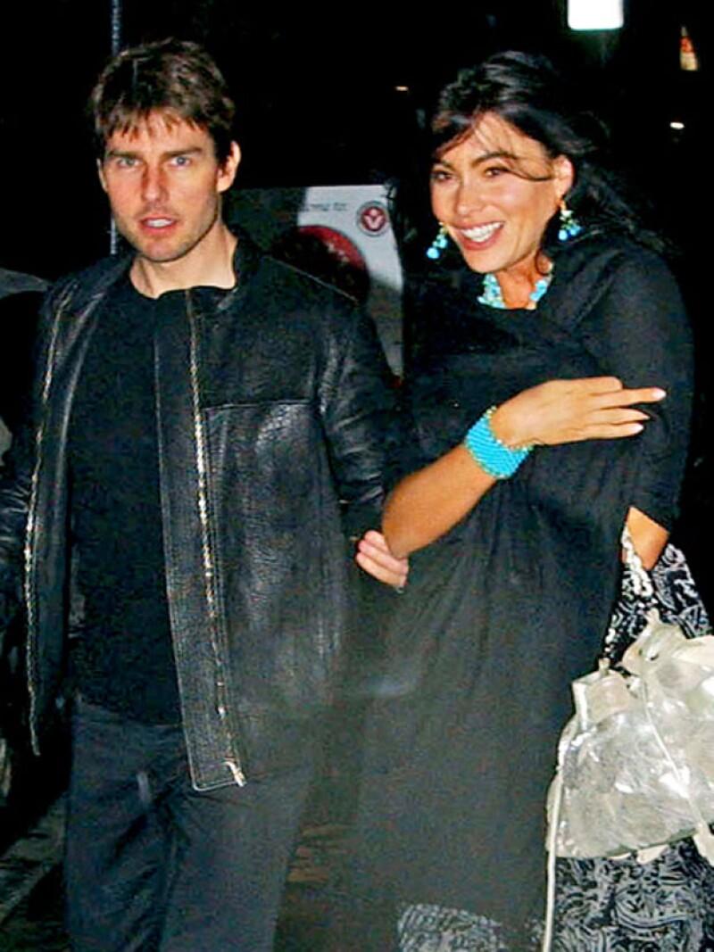 Fue vista en ocasiones con Tom Cruise, incluso antes de que él tuviera algo que ver con Katie Holmes.