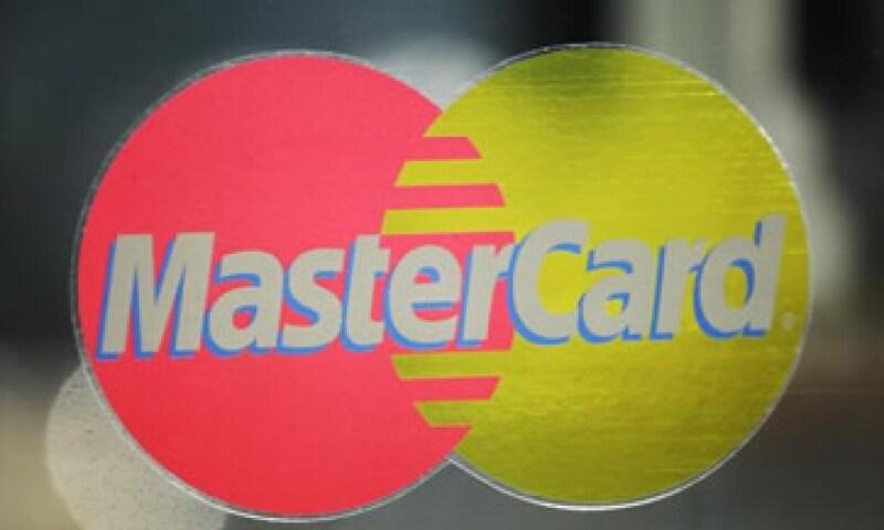 Los ingresos de MasterCard aumentaron más de un 27% a 1,800 millones de dólares. (Foto: AP)