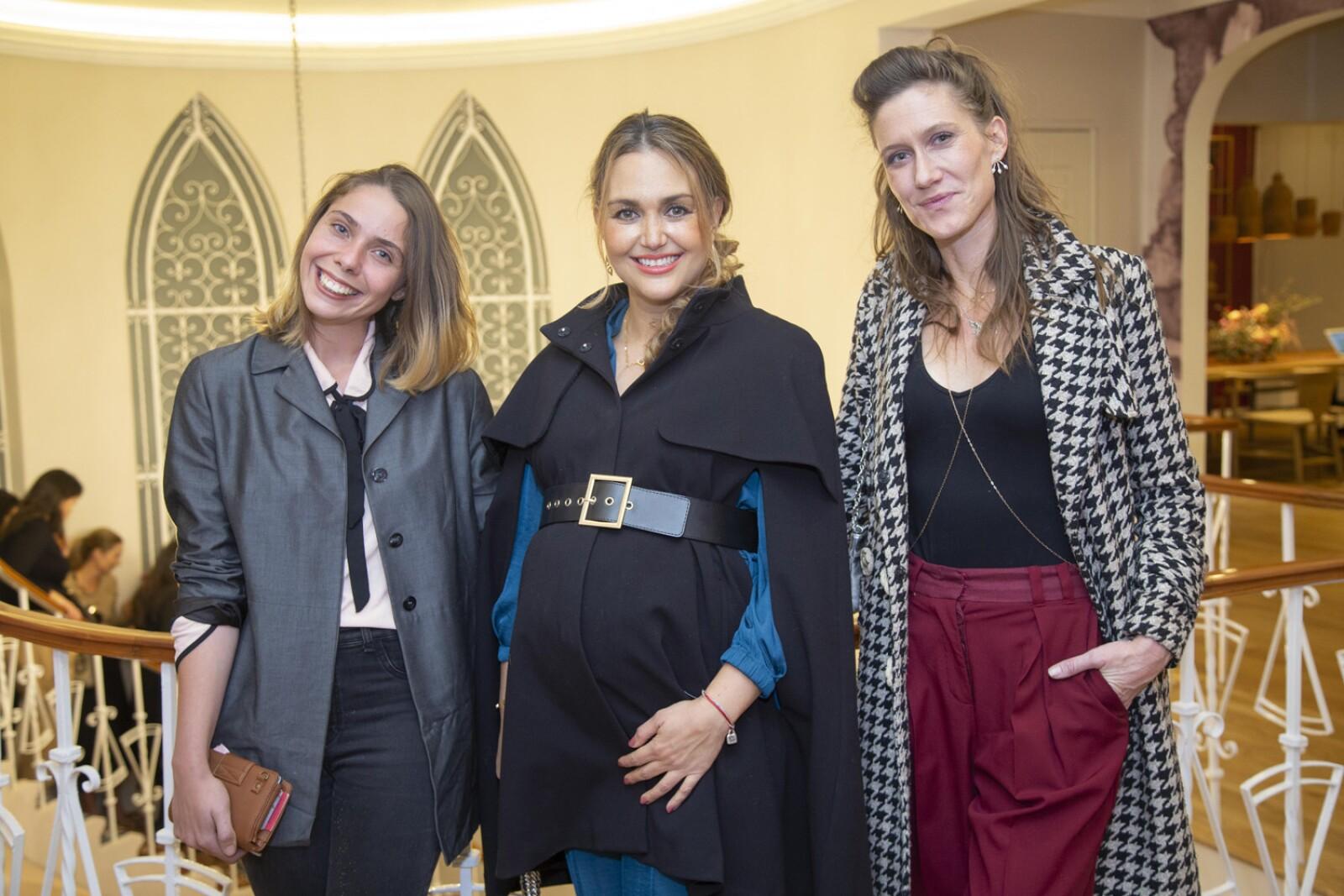 Estefanía de Sousa, Karla Celorio, Lily Foster