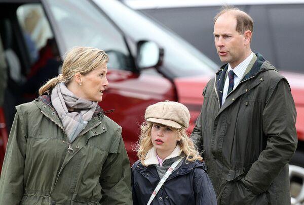 Sophie Wessex, Lady Louise y el príncipe Eduardo