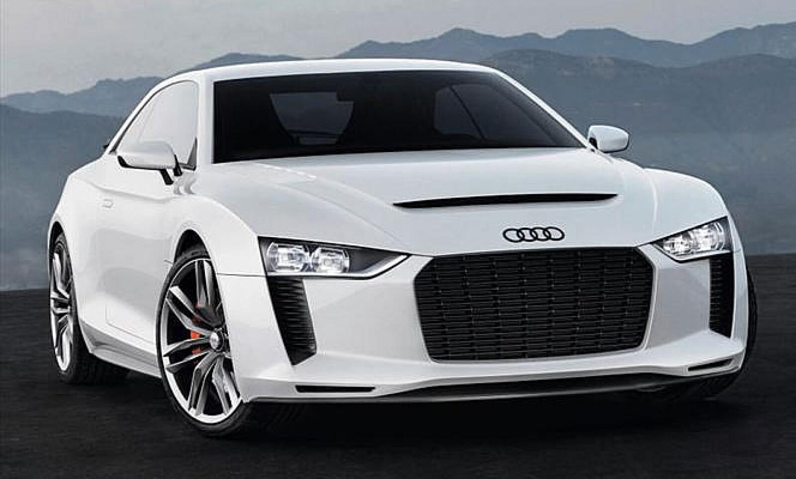 Este Audi Quattro concept emplea la plataforma del RS5 y recurre a un motor de cinco cilindros en línea con 2.5 litros y alimentación forzada que le permite alcanzar los 408 hp.
