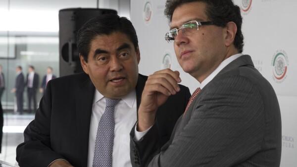 Miguel Barbosa y Armando Ríos detallaron por qué los proyectos del Partido Revolucionario Institucional y el Partido Verde no los aprobarían.