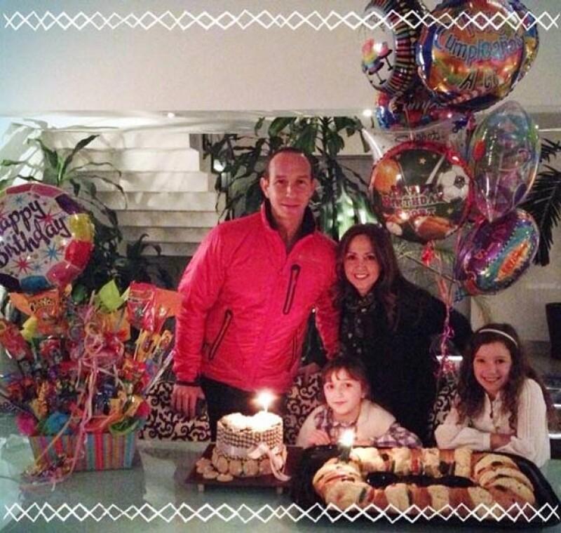 La hija pequeña de la conductora y Erik Rubín festejó ayer su cumpleaños rodeada de su familia, regalos, muchos dulces y hasta con carta para los Reyes Magos.