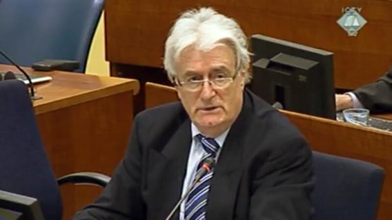 karadzic en su juicio en la corte internacional