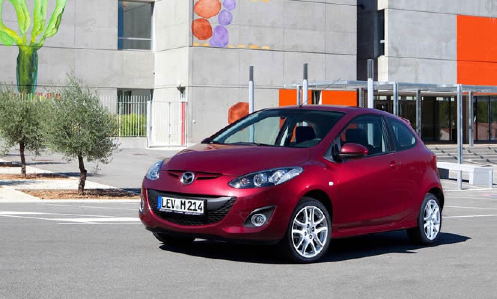 El Mazda 2 fue presentado oficialmente en 2007, también en la feria del automóvil de Nueva York.