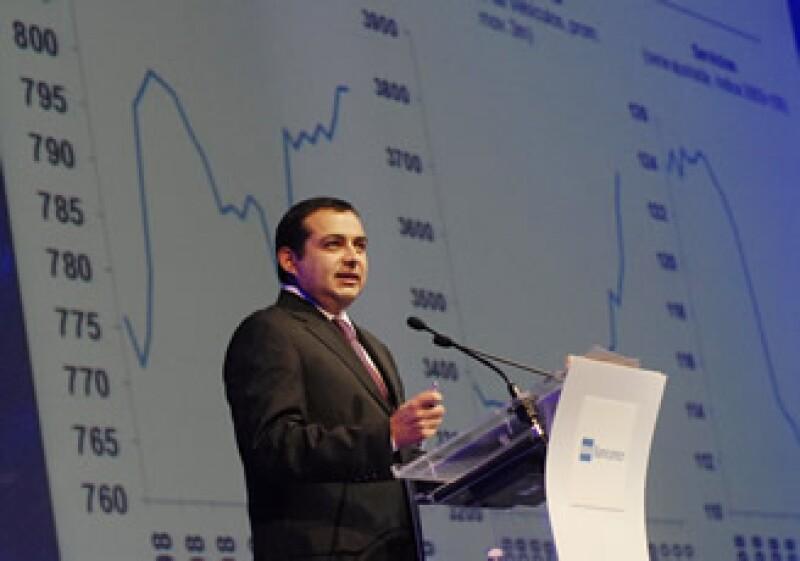 Ernesto Cordero dijo que entre más efectivo sea un sistema financiero, mayor será la tasa de crecimiento de una economía. (Foto: Archivo Notimex)